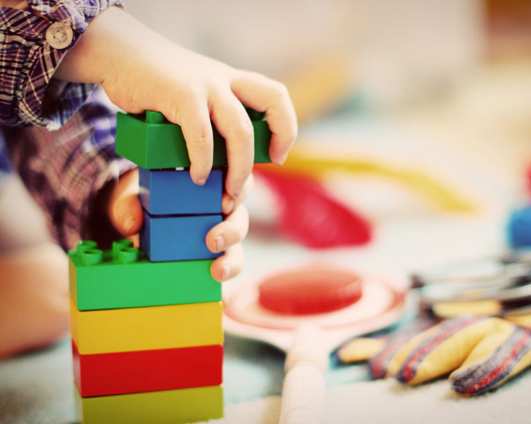 fine motor skills activities for preschoolers and toddlers